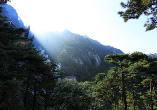Amazing Jiuhua Mountain in China's Anhui