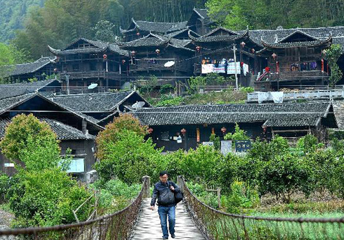 A gem of Chinese residence -- Tujia stilted buildings