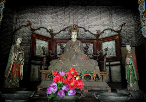 Ancient sculptures at Jinci Temple in Taiyuan