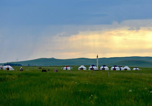 Scenery of Xilingol, China's best preserved grassland