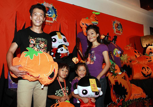 HK Ocean Park Prepares for Halloween Celebrations