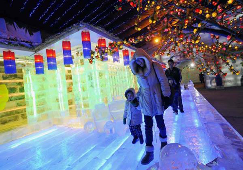 The 2014 Ice Lantern Festival in Longqingxia Valley is about to open