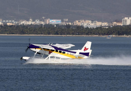China's first civil seaplane takes off in Sanya