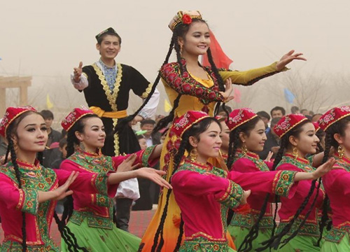Noruz Festival Celebration Held in China's Xinjiang