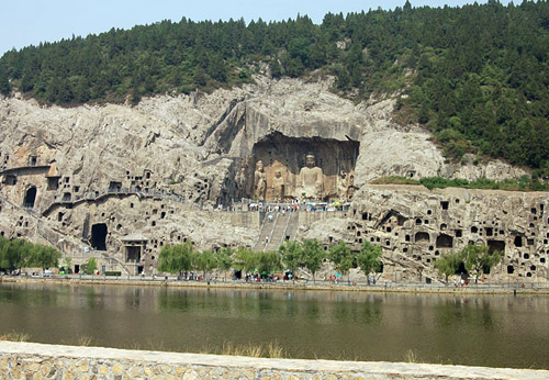 The Longmen Caves in Luoyang is a famous buddhist grottoes in China.