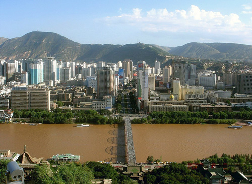 """The Zhongshan Bridge in Lanzhou is hailed as """"the First Bridge over the Yellow River""""."""