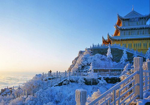 The Golden Summit is located on the top of Emei Mountain.