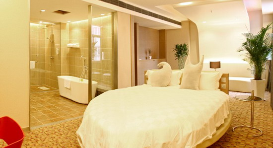 The featured rooms in Xian Walker Hotel are popular among customers, the Walker hotel is close to the railway station of Xian.