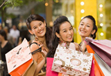 Hong Kong, Shopping paradise for visitors